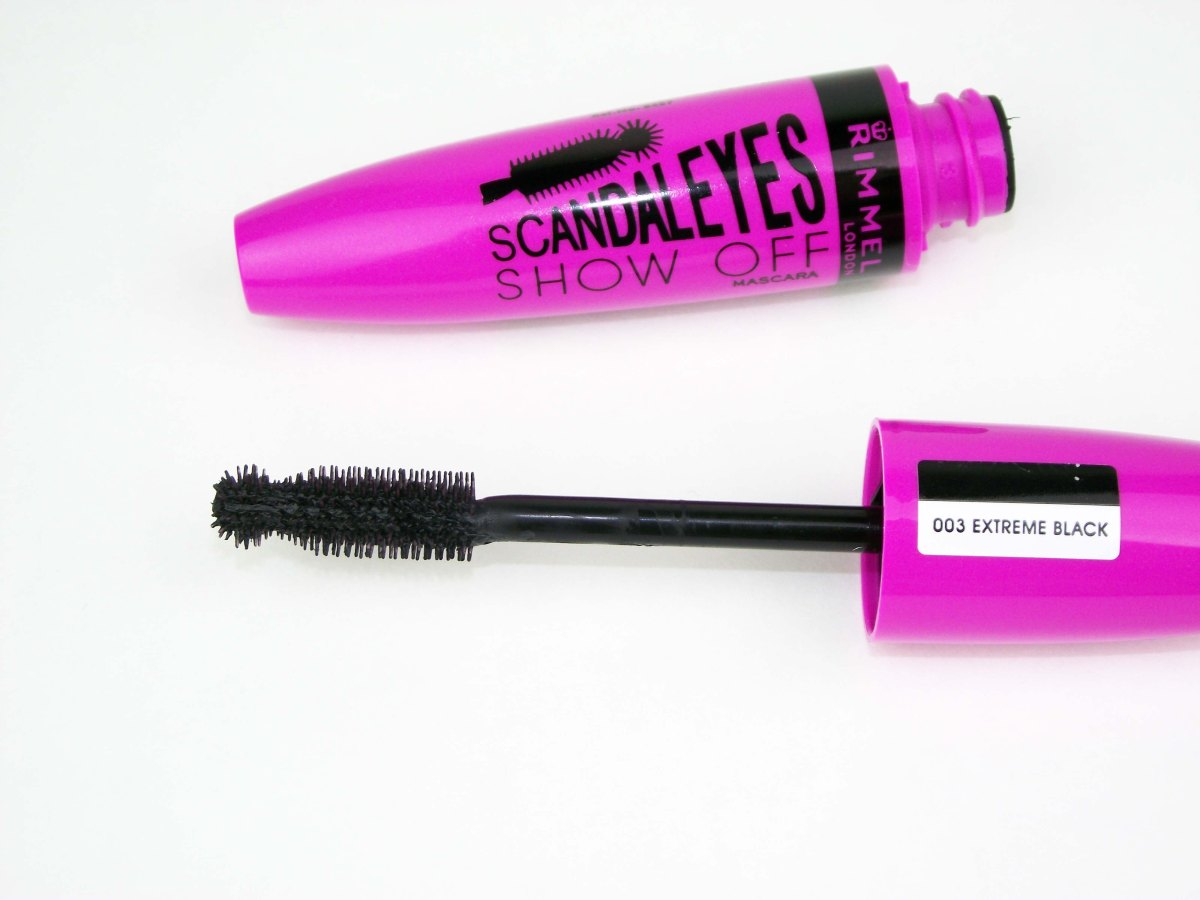 Mascara Monday: Rimmel London ScandalEyes Show Off Mascara