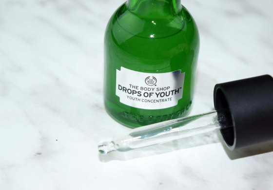 the-body-shop-drops-of-youth